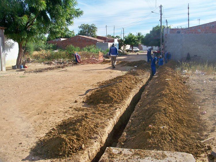 O projeto do esgotamento sanitário do município contempla também a construção de ramais condominiais e as ligações domiciliares e intradomiciliares/Foto:Assessoria