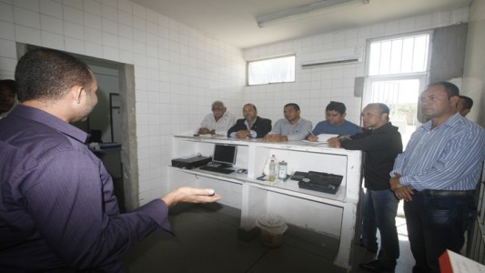 Vereadores visitam IML
