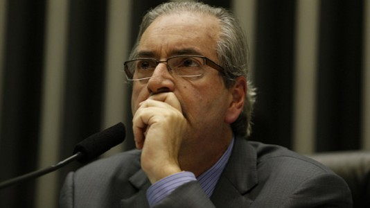 MP11     BSB DF 13 05 2015  CAMARA/MP 664    O presidente da Camara dos Deputados, Eduardo Cunha preside sessao extraordinaria destinada a analisar a MP 664/14 que muda as regras de pensao por morte. O deputado Carlos Zarattini (PT SP) relator da materia. FOTO: DIDA SAMPAIO/ESTADAO