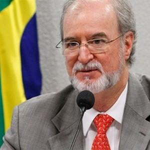 eduardo-azeredo-psdb-ex-senador-e-ex-governador-ligado-ao-mensalao-mineiro-1386013686076_300x300
