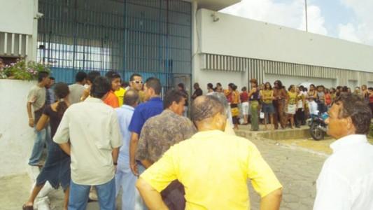 filas agentes penitenciarios 1