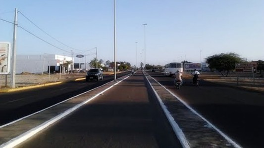 Avenida Angelo Sampaio 1
