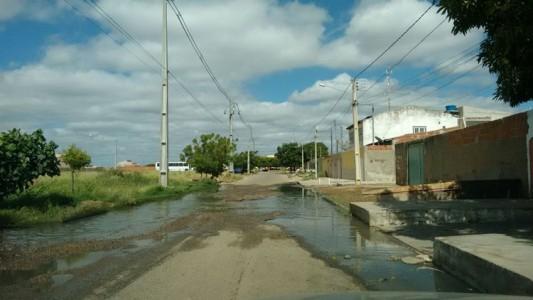 Esgoto Rua 74 Cohab 1