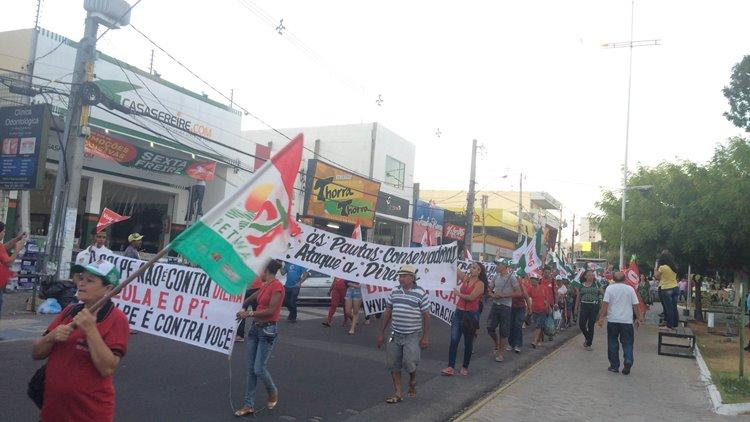 Manifestação contra golpe 02