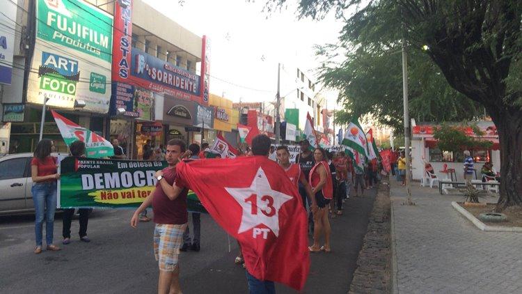 Manifestação contra golpe 03