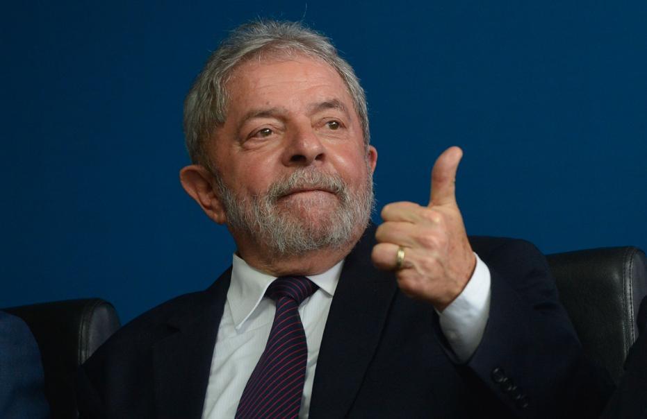 Homenagens a políticos são comuns no Brasil/Foto: arquivo