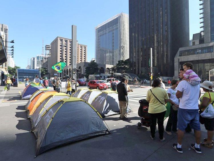 Os militantes estarão acampados na Praça Dom Malan, centro, entre os dias 27 de abril e 1º de maio/Foto:divulgação