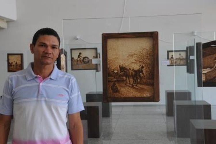 """Reginaldo:""""Tenho sempre o sertão como inspiração""""/Foto: site Univasf"""