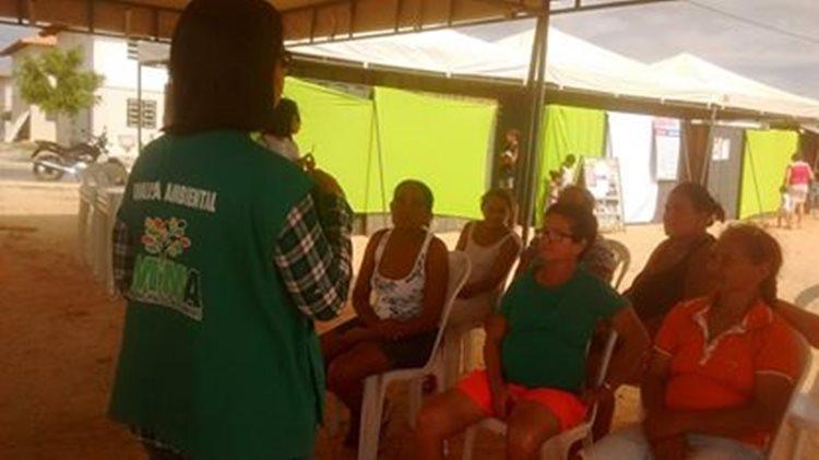 Além da doação das mudas, a equipe técnica da AMMA também realiza palestras para a comunidade/Foto: Assessoria