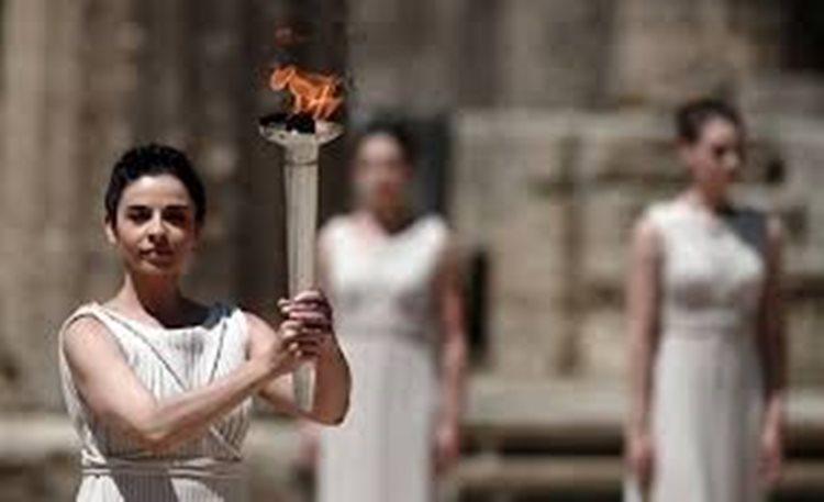 A chama percorrerá 328 cidades de todos os estados até alcançar o Rio de Janeiro, sede dos Jogos Olímpicos 2016