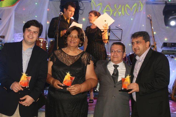 Colunista Gileno Dias(terceiro da esquerda para a direita) celebra 37 anos de colunismo com tradicional Baile/Foto: reprodução Facebook