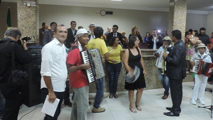 Alcymar Monteiro 04