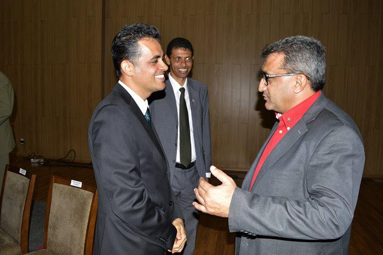 Durante solenidade, prefeito de Juazeiro Issac Carvalho (à direita) reforço a importância de manter parcerias com a Univasf/Foto: Assessoria