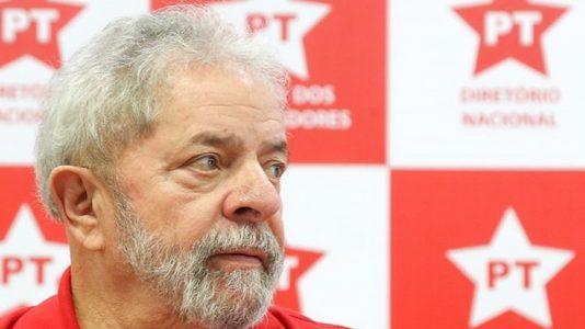 Lula disse preferir que alguém mais jovem se candidatasse e assumisse, entretanto, diz não ter dúvidas quanto a voltar a se candidatar/Foto:arquivo