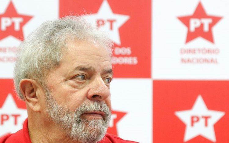 . O ex-presidente avalia que é muito difícil que Dilma consiga ser reconduzida ao cargo após a decisão desta quinta-feira (12)/ Foto:Ricardo Stuckert