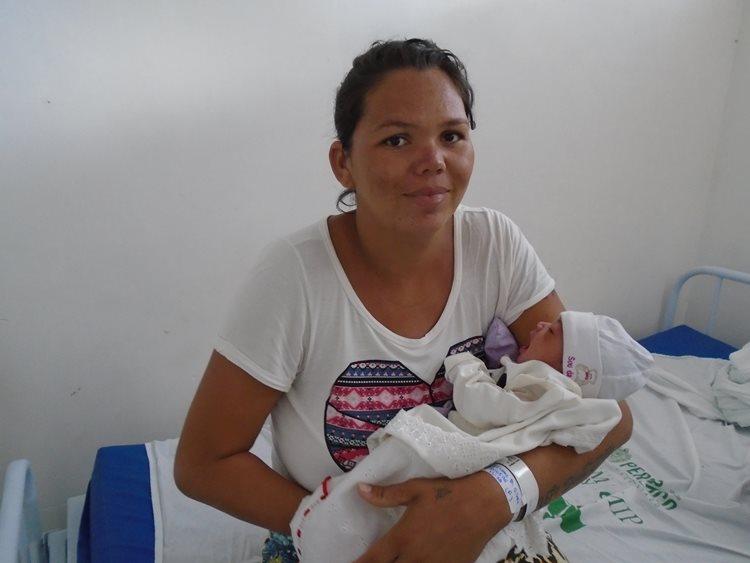 O parto aconteceu no trajeto entre a casa da usuária e o hospital, dentro da ambulância/Foto: ASCOM