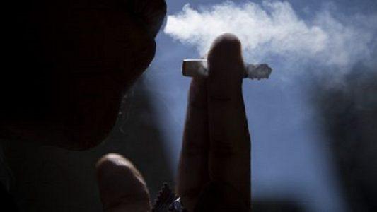 cigarro fumante