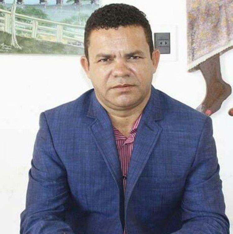 """""""Temos ainda que lidar com a insensatez de um governo provisório, que entre tantos abusos políticos, ainda está dilapidando a nossa CULTURA"""", pontua Menezes/Foto: ASCOM"""