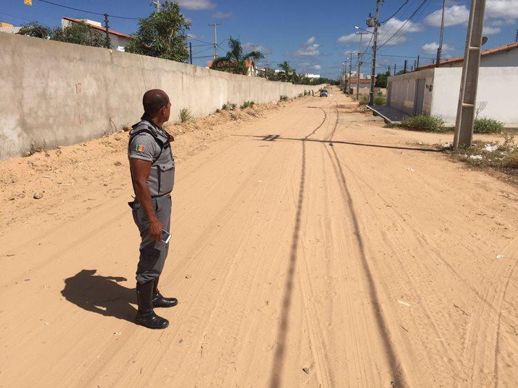 Edilsão  tem cobrado da gestão municipal atenção com a pavimentação dos bairros/Foto: ASCOM