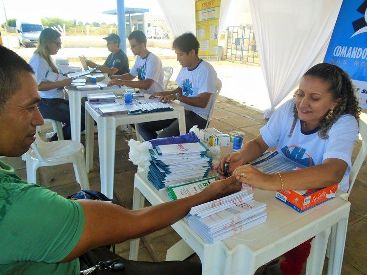 """Pela quarta vez em Petrolina, aconteceu durante todo o dia desta quarta (18), o projeto """"Comandos de Saúde nas Rodovias""""/Foto: Ascom"""