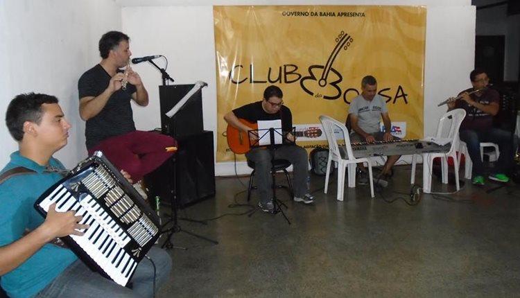 A cantora Hanna será acompanhada pela banda juazeirense Clube da Bossa/Foto: Asssessoria