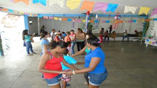 Crianças comemorando o São João do CAPSi (Foto: ASCOM)