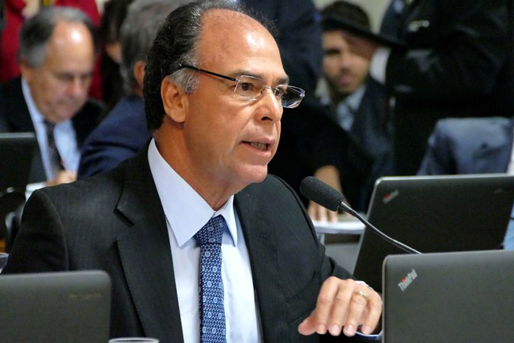 """Na avaliação de Fernando Bezerra Coelho, a confirmação de Ilan Goldfajn à presidência do Banco Central """"cria uma expectativa muito positiva de que o Brasil vai se reencontrar com a trajetória de crescimento""""/Foto:Assessoria"""