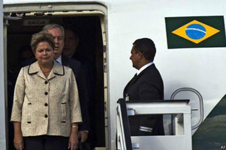O presidente em exercício Michel Temer estava contrariado com as viagens de Dilma para participar de eventos em que critica o governo/Foto:internet