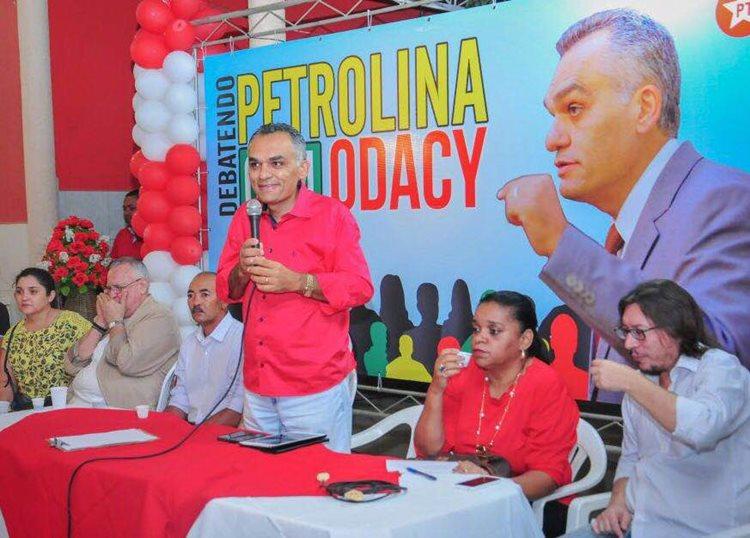 Odacy reforça que as sugestões dos moradores é que nortearão o seu programa de governo na disputa eleitoral de 2016/Foto: Assessoria