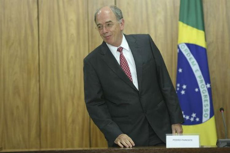 O tom duro do discurso de Pedro Parente, na quinta-feira, na Petrobras, causou revolta entre petroleiros e sindicatos da categoria/Foto: internet