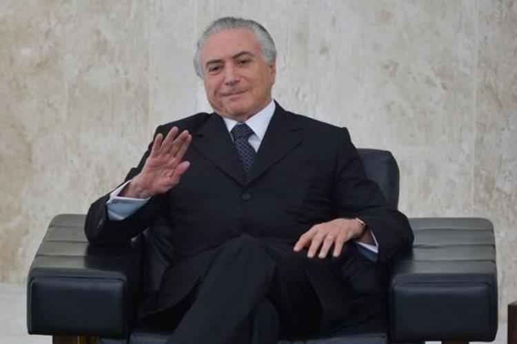 No que se refere ao desempenho pessoal do presidente, 40,4% desaprovam, e 33,8% aprovam. Na comparação entre os governos Temer e Dilma Rousseff, 54,8% dos entrevistados disseram que os governos estão iguais/Foto: reprodução internet