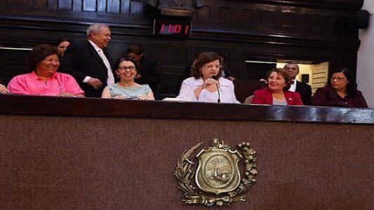 A deputada estadual Teresa e Isabel Cristina (Foto: ASCOM)