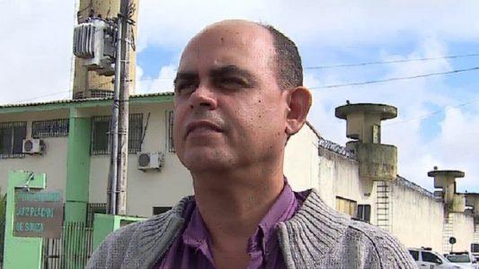 João Carvalho diz que superlotação atrapalha trabalho dos agentes penitenciários no presídio de Caruaru (Foto: Reprodução/TV Asa Branca)