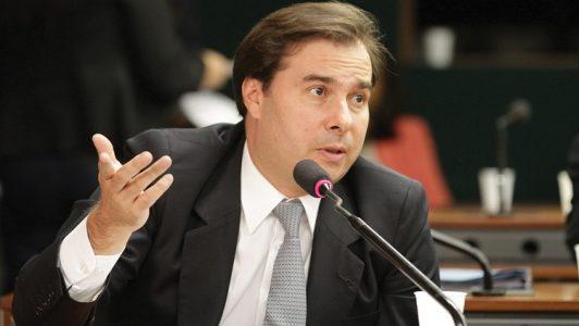 "O clima vivido entre os dois Poderes pesou desde que Renan Calheiros classificou como ""juizeco"" o juiz Vallisney de Souza Oliveira (Foto: Internet)"