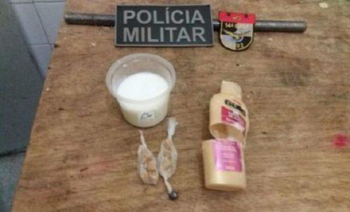 Além dos alimentos, existiam alguns materiais de limpeza para serem entregues ao detento./ Foto: divulgação