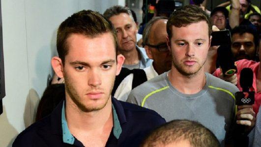 na noite de ontem policiais da Deat impediram a saída do país dos nadadores da equipe olímpica norte-americana ./ Foto: G1