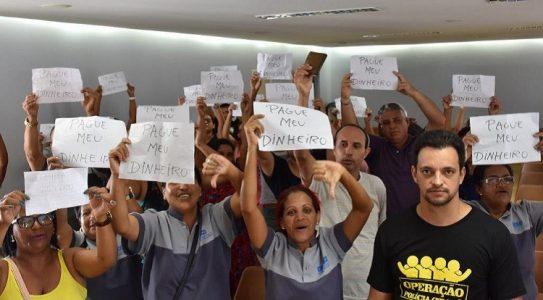 A maioria dos trabalhadores presentes relatou estar passando por privações e situações vexatórias em razão dos atrasos./Foto: Ascom