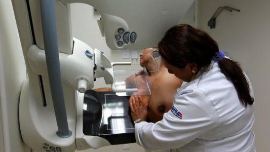 Governo do Estado da Bahia lança Campanha de prevenção ao câncer de mama no Cican. Foto: Camila Souza/GOVBA