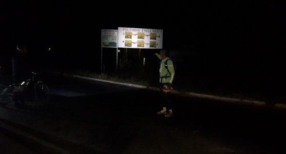 A iluminação não é a única queixa dos moradores dos Projetos, a pavimentação asfáltica também é precária./ Foto: ascom