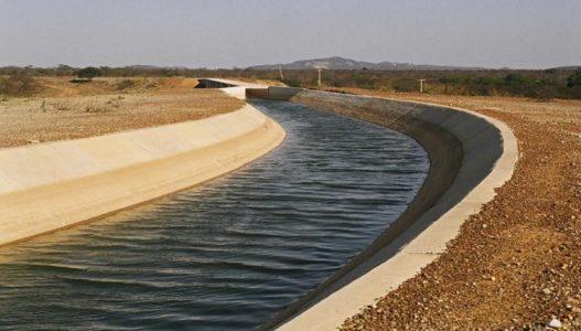 agua-canal-petrolina-perimetro-irrigado