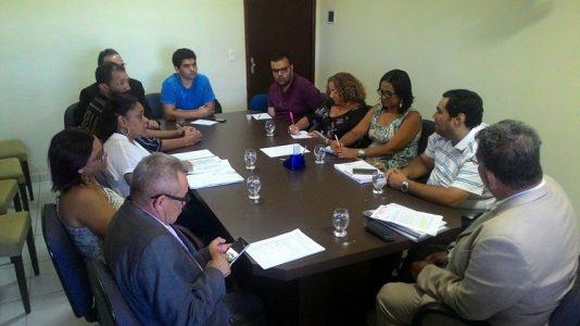 Reunião reuniou servidores e vereadores (Foto:divulgação)