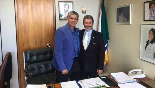 Patriota garantiu recursos no orçamento de 2017 e se colocou à disposição para colaborar com a gestão do prefeito eleito