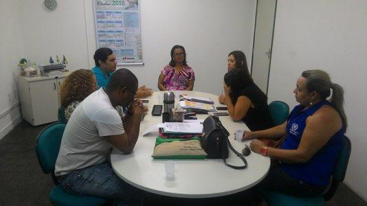 Reunião ocorreu com secretária de Educação (Foto: ascom)